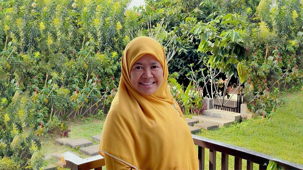 Ustadzah Nani Handayani